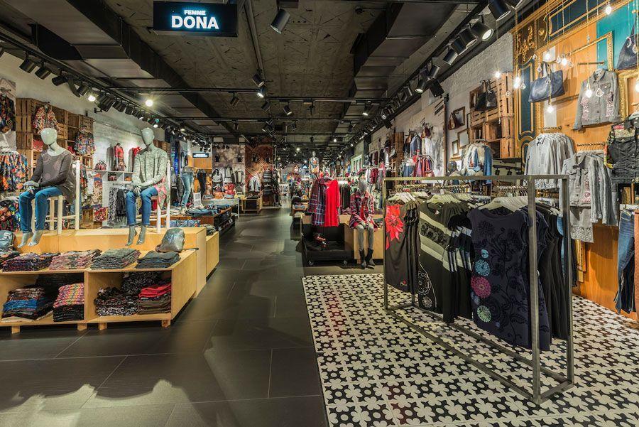 Tienda Desigual Via Moda Andorra
