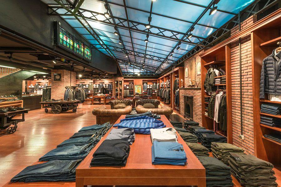 9674d820668 ... tienda-urban-via-moda-interior-1 ...