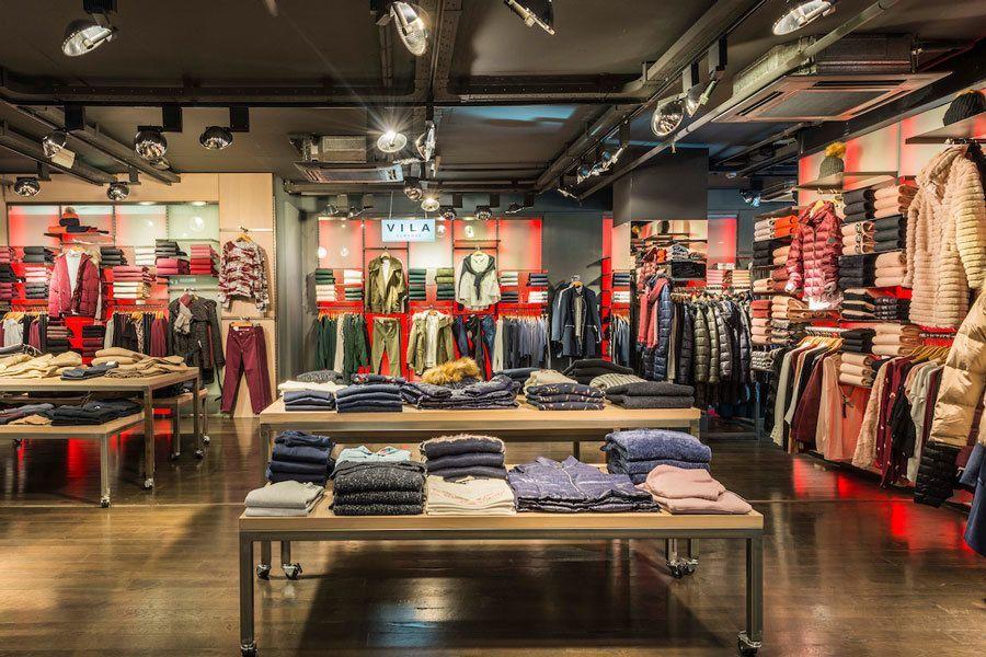tienda-urban-via-moda-interior-6